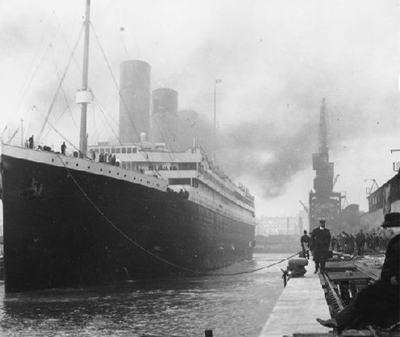 photo of the Titanic at port.
